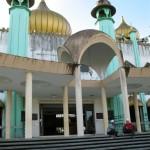201 Masjid Bahagian Kuching - Front steps