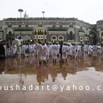 Outside of Al Haram - rainy day 15-nov-10