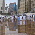 Outside of Al Haram - rainy day 15-nov-10_02