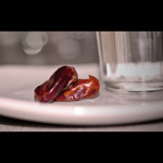 Ramadan : Break Fasting (Iftar) with Dates